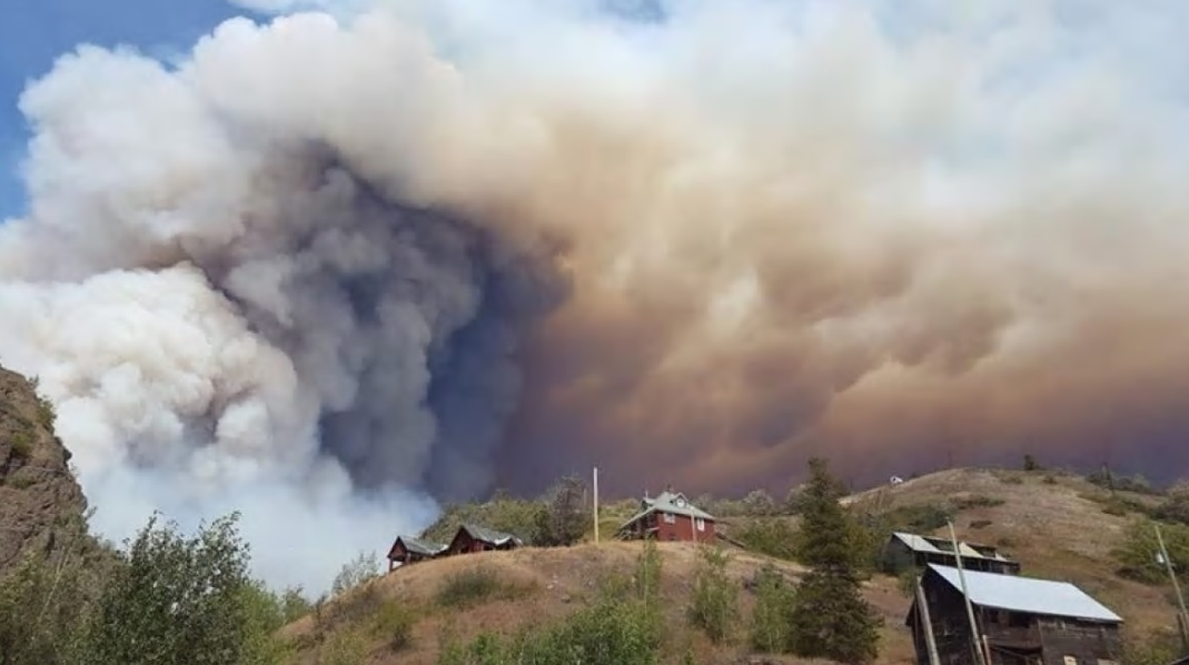 Peat fires, like those raging in Siberia, will become more common in Canada (1 Aug 2020)